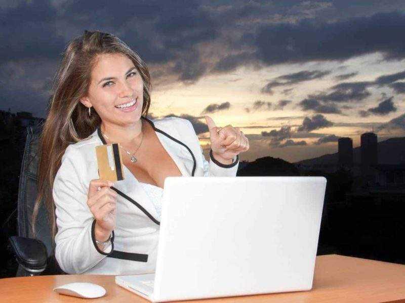 erfolgreicher kredit Abschluss 800x600 - Kredit ohne Schufa - seriös und ohne Vorkosten